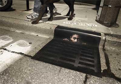 排水口に広告