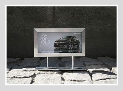 Honda-Civic-Feet-2.jpg