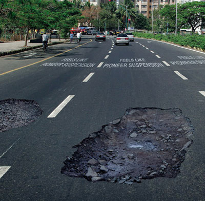 Pothole-Sticker-Illusion3.jpg