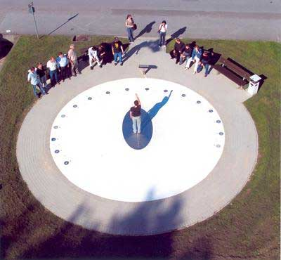 Sundial-3.jpg