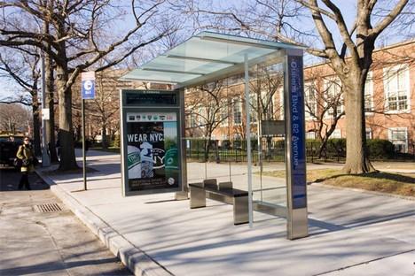 ニューヨークのバス停